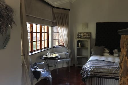 Boutique B & B in Old Irene - Centurion