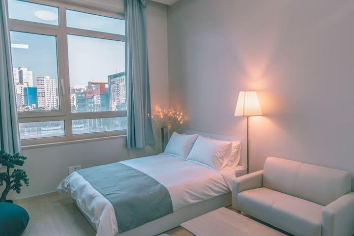 [Clean&Cozy House Hotel] DongDaemun,Myungdong 3min