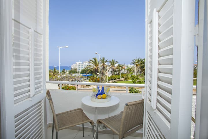 Protaras Central Sunrise, Modern, Elegant, Center