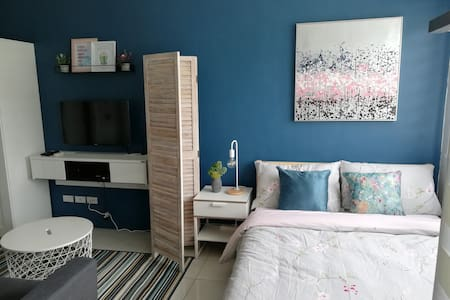 Cozy & Stylish studio unit near Enchanted Kingdom