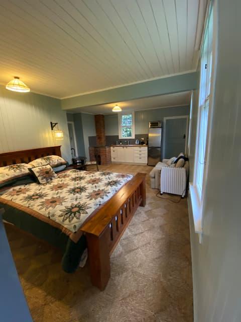 Birchgrove Cottage - BnB
