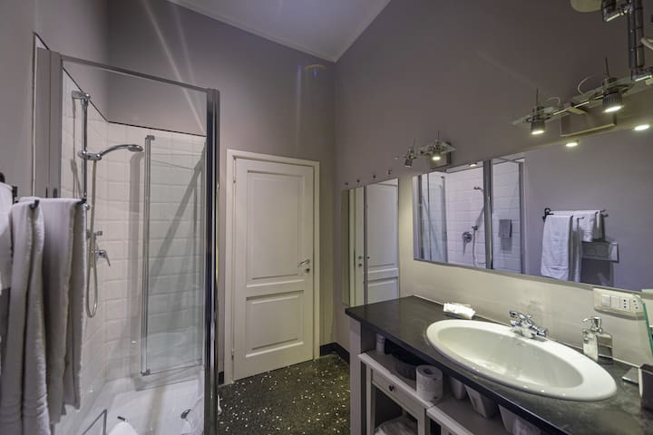 Appartamento 13 Porto Antico Suite Genova - Panoramica bagno