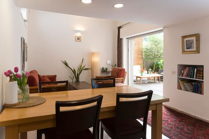 Beautiful garden apartment in Baka