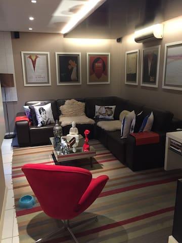 Ap diferenciado planejado no centro , dois quartos