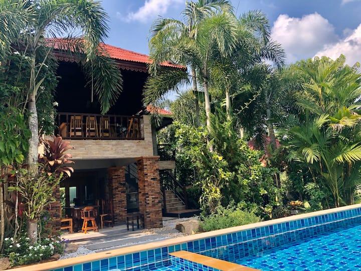 Krabi Villa Private Pool & Garden View -3 bedrooms