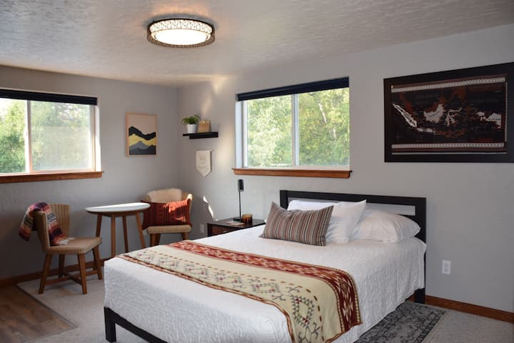 Nomad Abode-Travel & Nature Inspired Guest Suite