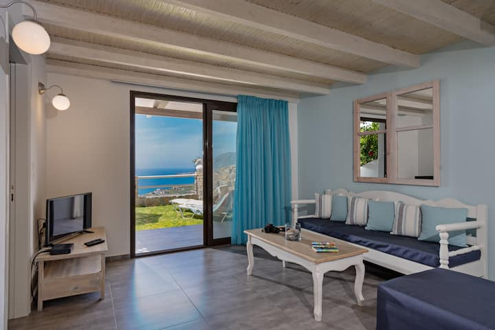 The Village apartment ''Alianthos Maisonette''