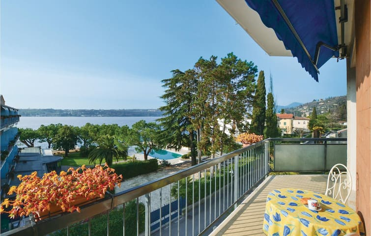 Holiday apartment with 1 bedroom on 60 m² in Salò BS