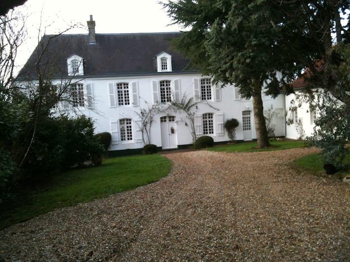 Maison de charme sur la Côte d'Opale...La Noyeraie