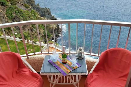 Lovely house on the Ocean ... - Icod de los Vinos - Apartamento
