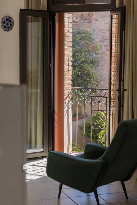 le balcon sur cour-patio