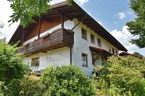 Spacious holiday home with garden and balcony in Rinchnach in the Bavarian Forest