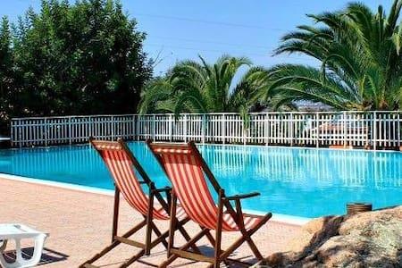 La camera per le tue Vacanze - Santa Maria Coghinas - โรงแรมบูทีค