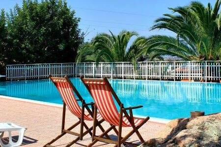 La camera per le tue Vacanze 502 - Santa Maria Coghinas - 精品酒店