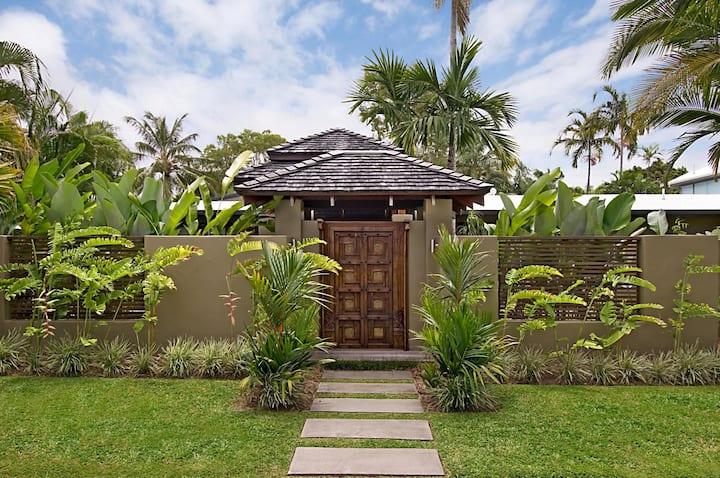 Beach House 5 bedroom 5 bathroom