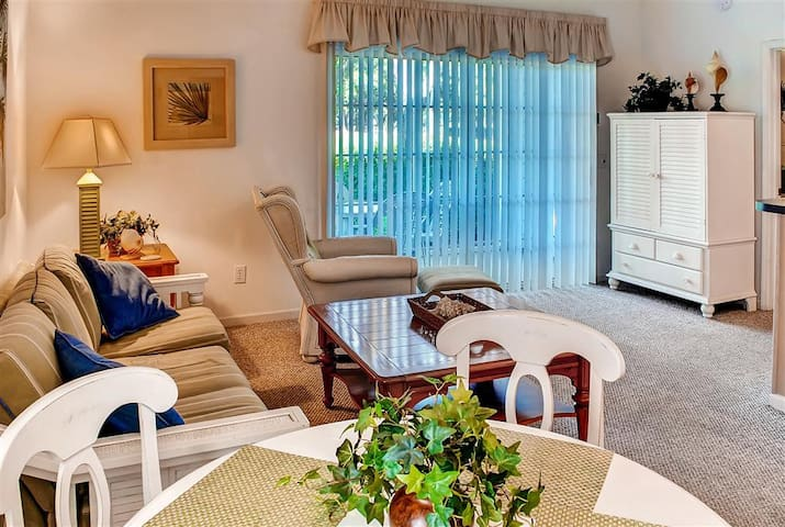 Enjoyable 2BR Sunset Beach Condo - Sunset Beach