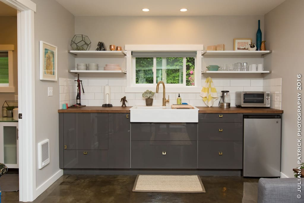 Well-Stocked and Sleek Kitchen