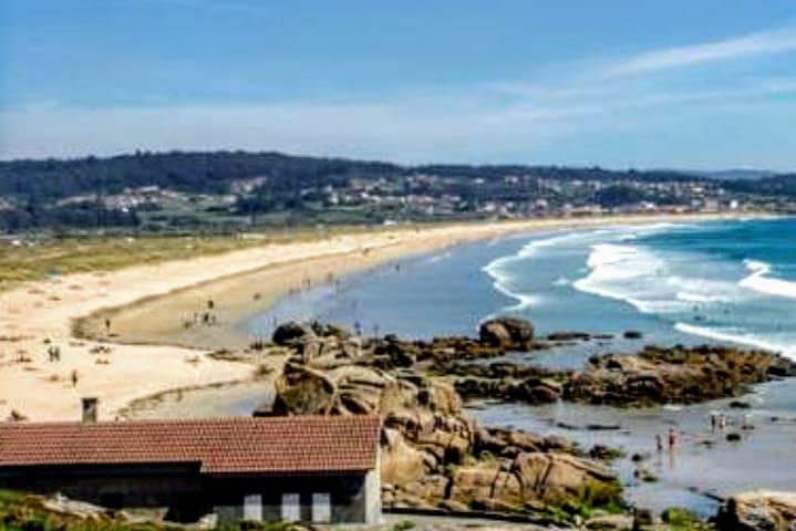 Oferta apartamento terraza, playa piscina Sanxenxo