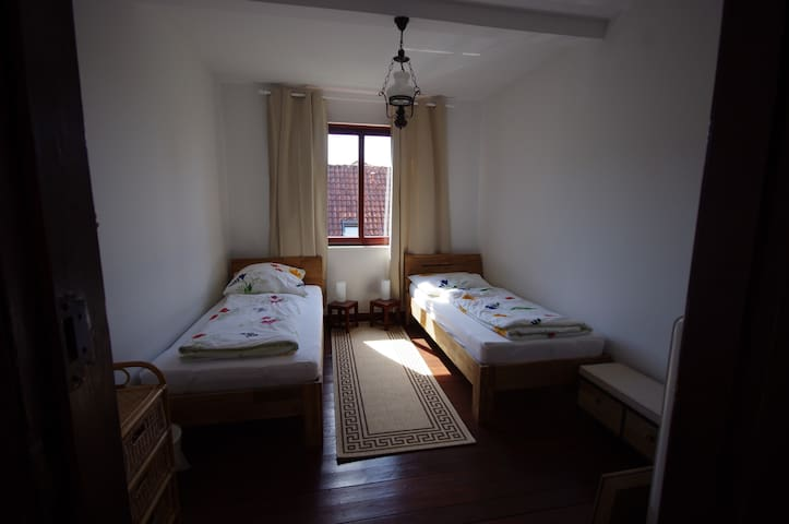 Studio Room: Two single beds. - Bremerhaven - House