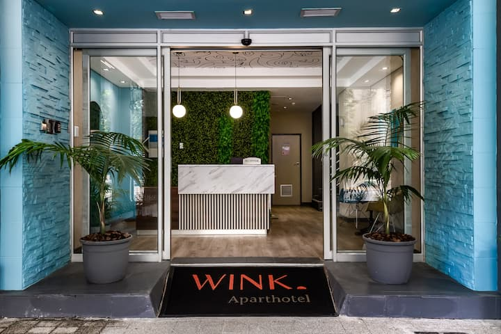 WINK at Foreshore - Studio Apartments