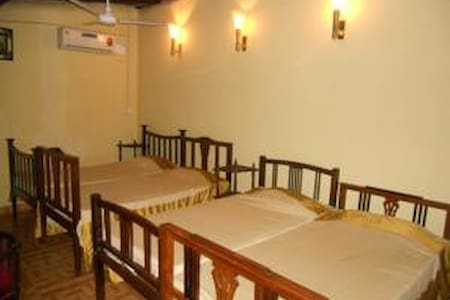 Shared room For your budget stay - Anjuna