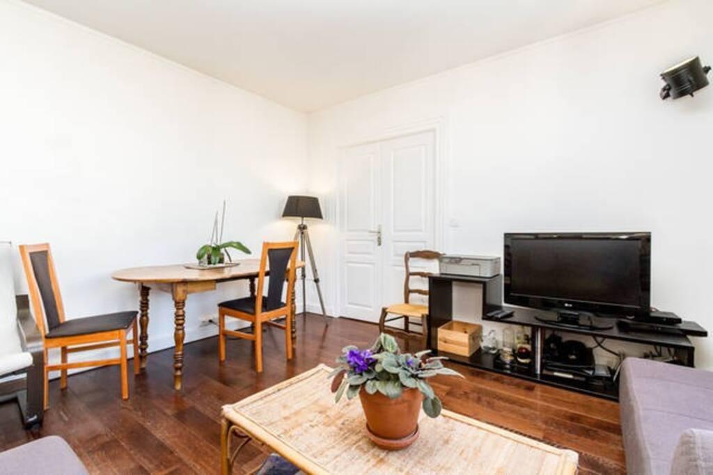 Grand salon lumineux/Big and light living room