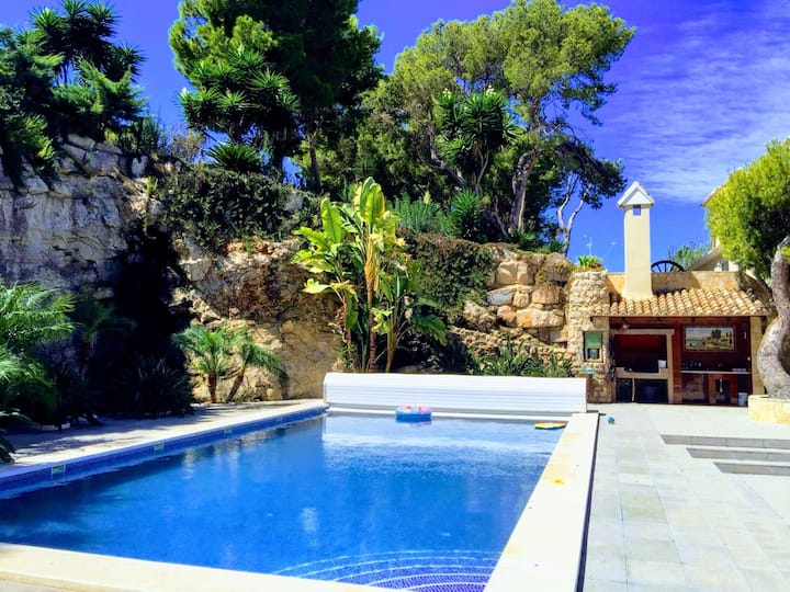 El Collado, luxury house, 5 minutes from beach