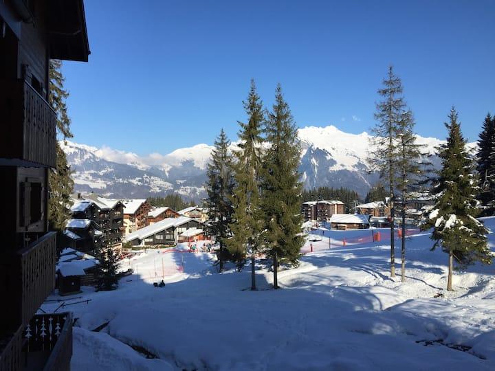 3 Bedroom Ski-in/Ski-out in Morillon 1100