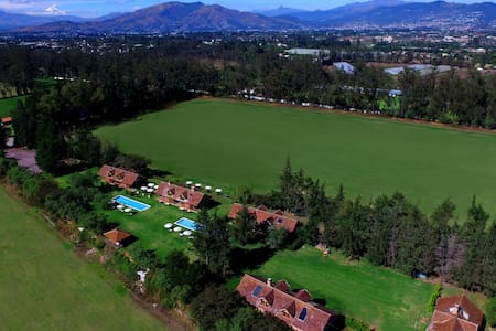 QUITO POLO CLUB - Puembo - Oda + Kahvaltı