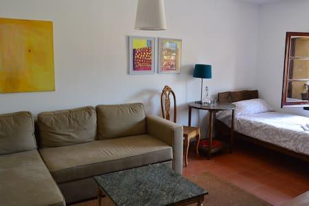 Appartement im Herzen von Besalú - Wohnung