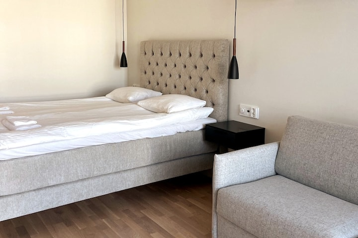 ♛ Turun Blanka with Balcony & Parking (A22) ♛