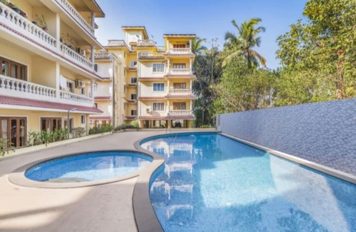 Comfy Poolview Apartment near Calangute