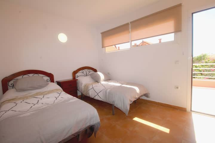 Holiday Apartment Dúplex Fuerte Horizonte with Mountain View, Wi-Fi, Terraces & Shared Pool; Parking Available