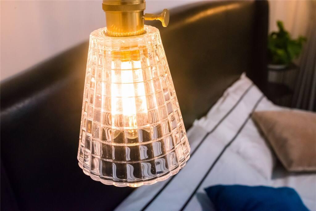 【room 1】床头黄铜玻璃美式吊灯