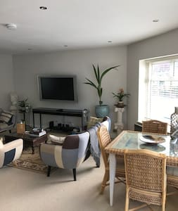 Stunning and unique 2 bedroom in Withdean Brighton