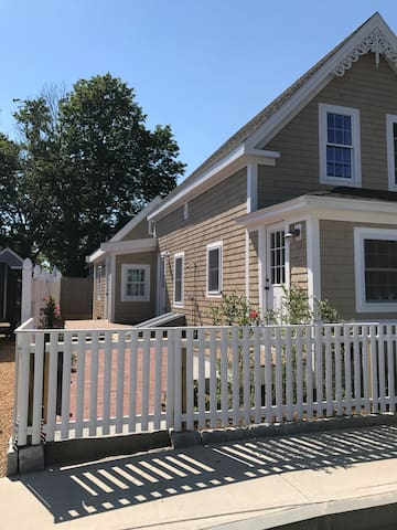 New Walk to the Beach, Town, Harbor and more 113B