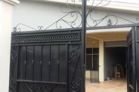 Ahwiaa Kumasi 5 bedroom house in historic area