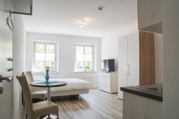 Apartment Eldena, 32qm, sehr schön - Greifswald - Apartemen