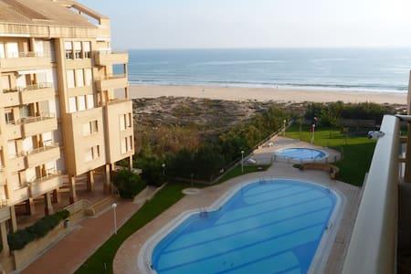 Apartamento en primera linea de playa - バレンシア