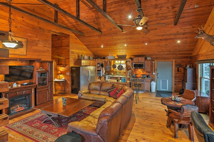 Rustic Angelica Home on 7 Acres - Deck & Mtn Views