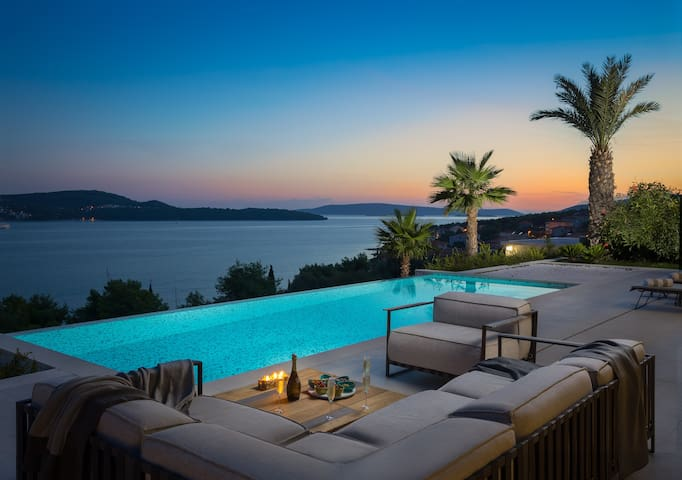 Luxury villa Elyzeum, paradise with striking views