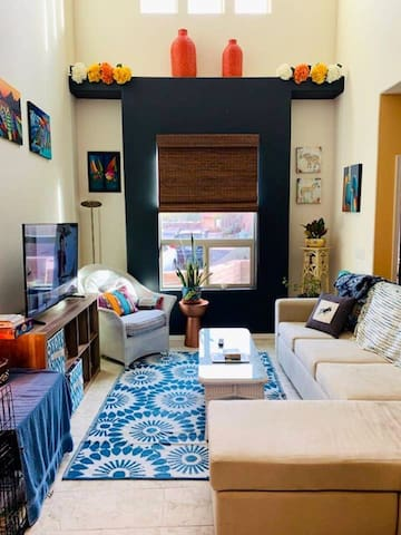 Warm and colorful room in central Tucson!