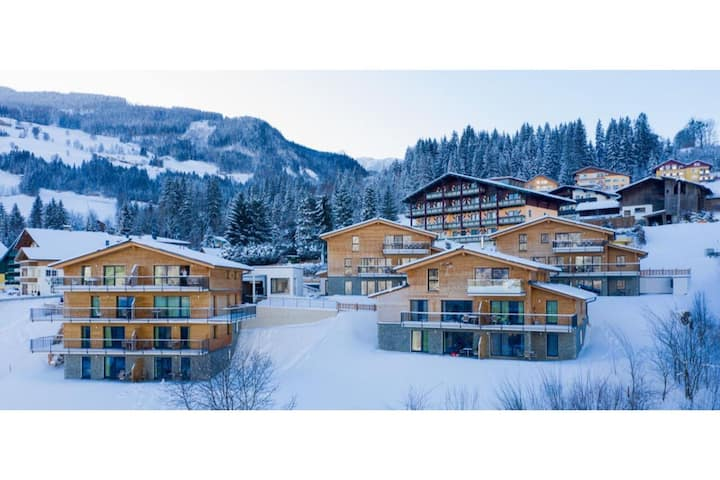 Blissful Holiday Home in Schladming Rohrmoos with Balcony