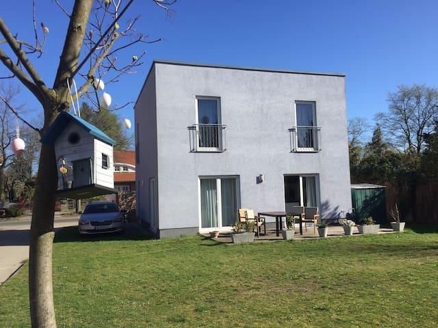 Cubehouse in Berlincity - Berlin - House