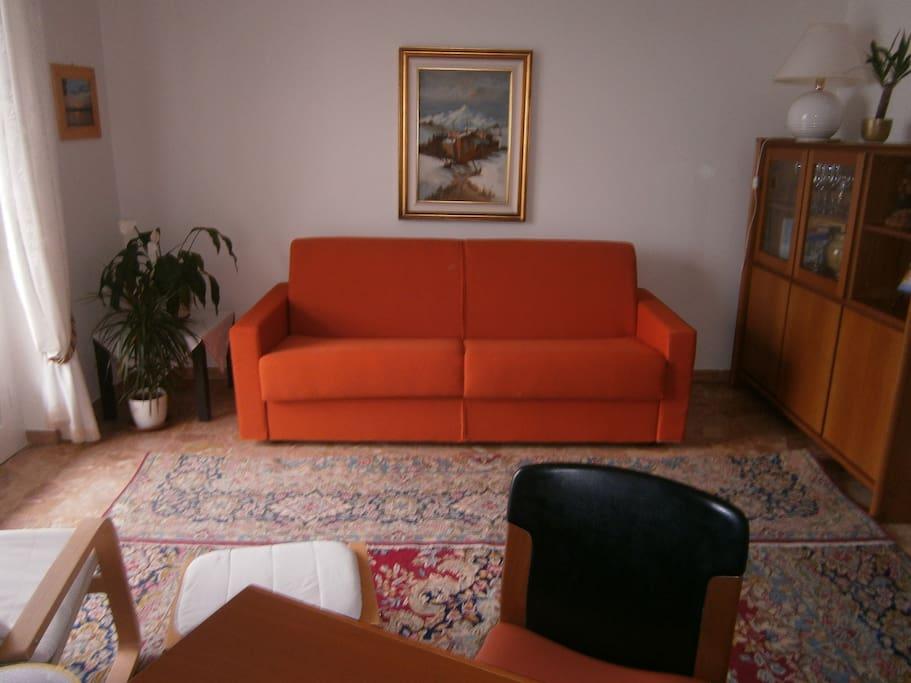 il divano nel salone