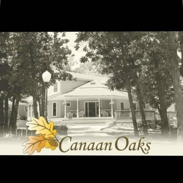 Canaan Oaks Bed And Breakfast
