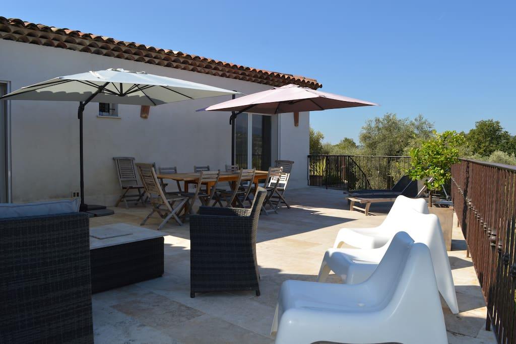 Belle villa avec piscine maisons louer tanneron - Location cote d azur avec piscine ...