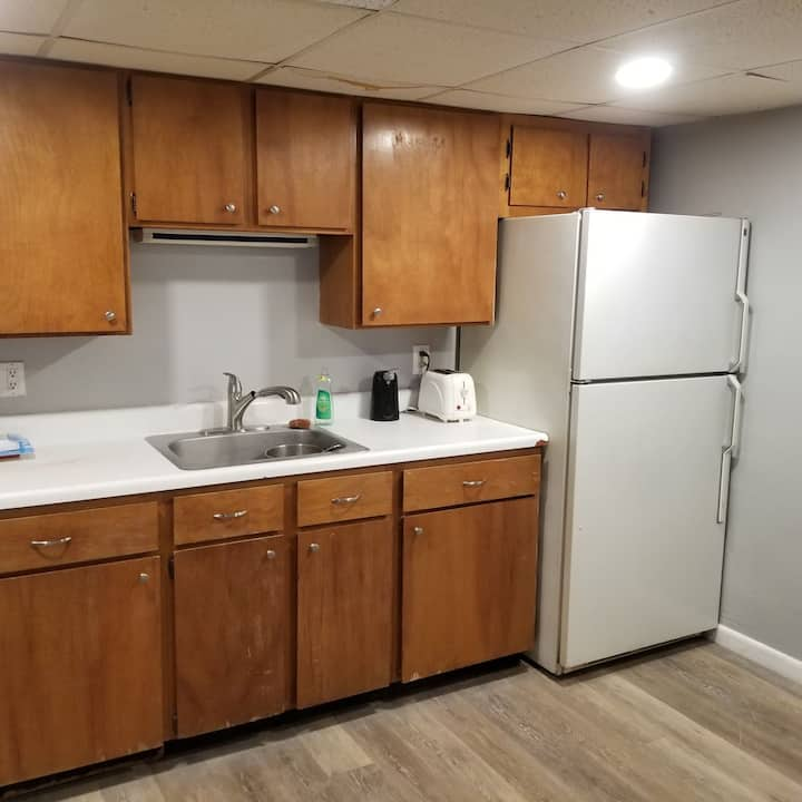 Remodeled basement apartment for workers!