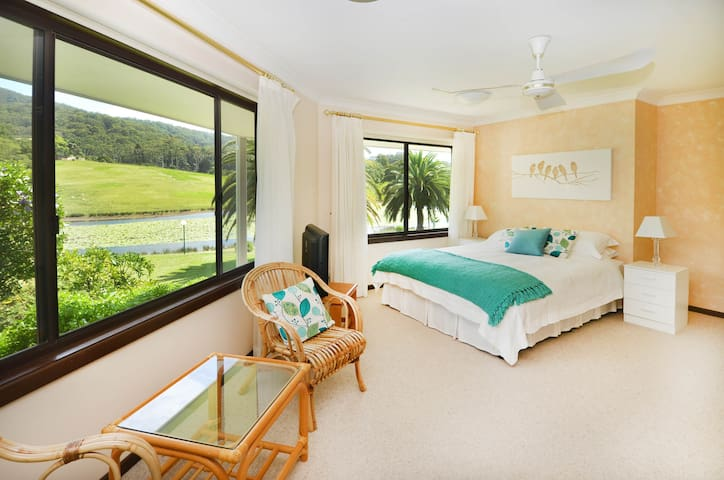 Sunny Hill Retreat Bonville Room No 2 - Bonville