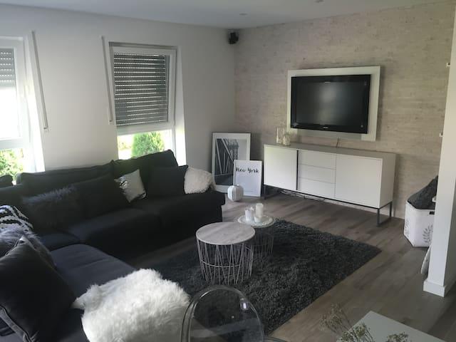 Modern apartment close to Düsseldorf,Cologne,Essen - Ratingen - Lejlighed